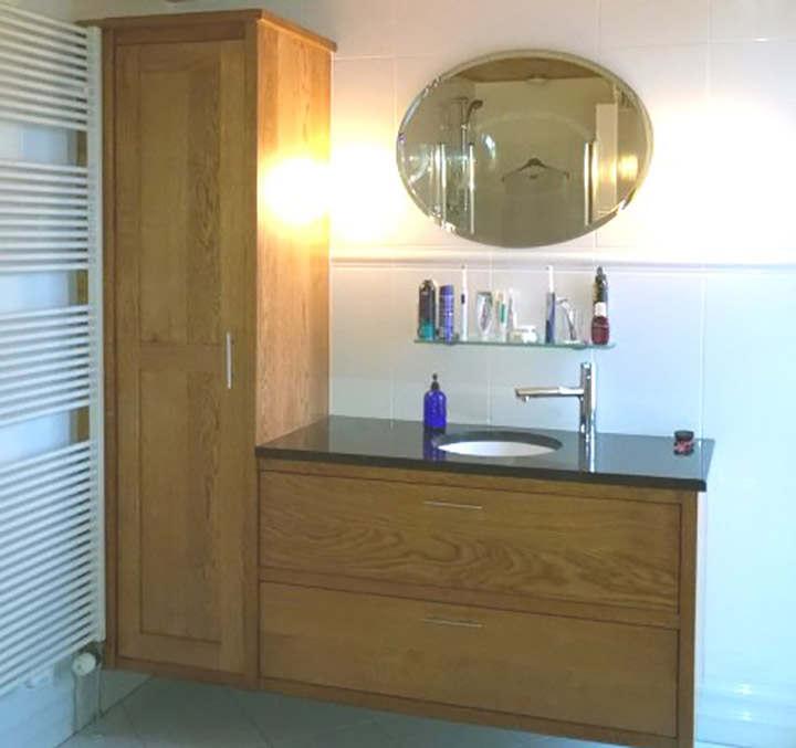 Massief eiken badkamermeubel op maat gemaakt Meubelmakerij Vos,Buinen(Drenthe)